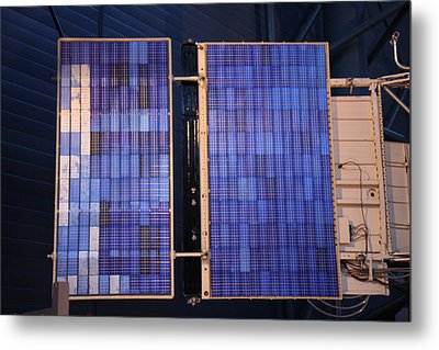 Udvar-hazy Center - Smithsonian National Air And Space Museum Annex - 121273 Metal Print by DC Photographer