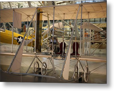 Udvar-hazy Center - Smithsonian National Air And Space Museum Annex - 121292 Metal Print by DC Photographer