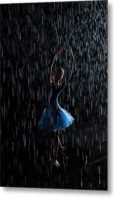 Under The Rain Metal Print by Zina Zinchik