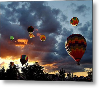 Up Up And Away - Hot Air Balloons Metal Print by Glenn McCarthy