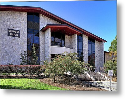 Upj Student Union Metal Print by John Waclo