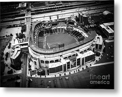 U.s. Cellular Field Aerial Picture In Black And White Metal Print by Paul Velgos