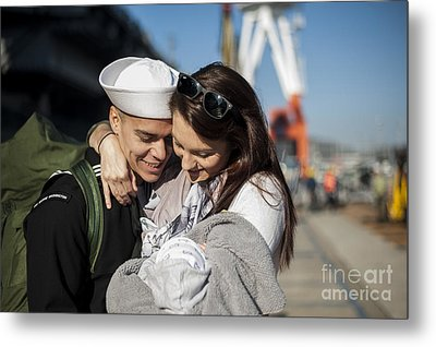 U.s. Navy Sailor Hugs His Wife Metal Print by Stocktrek Images