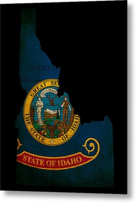 Usa American Idaho State Map Outline With Grunge Effect Flag And Metal Print by Matthew Gibson