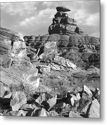 Utah Outback 38 Metal Print by Mike McGlothlen