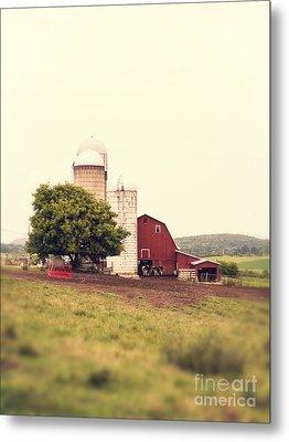 Vermont Family Farm Metal Print by Edward Fielding