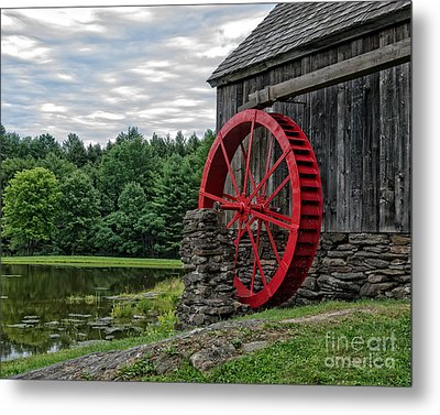 Vermont Grist Mill Metal Print by Edward Fielding