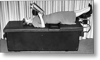 Vibrating Weight Loss Machine Metal Print by Underwood Archives