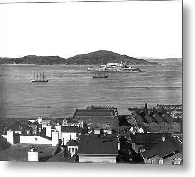 View Of Alcatraz Island Metal Print by Underwood Archives