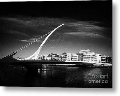 View Of The Samuel Beckett Bridge Over The River Liffey Dublin Republic Of Ireland Metal Print by Joe Fox