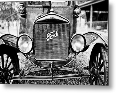 Vintage Ford In Black And White Metal Print by Colleen Kammerer