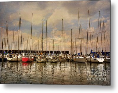 Waiting For The Weekend Metal Print by Lois Bryan