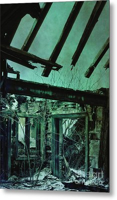 War Torn Metal Print by Margie Hurwich