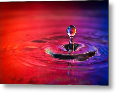 Water Drop In Red And Blue - Water Drop Photograph Metal Print by Duane Miller