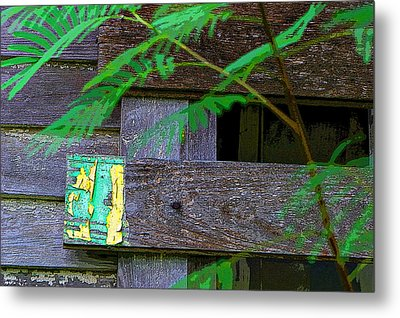 Weathered Wood And Old Paint Metal Print by Linda Phelps