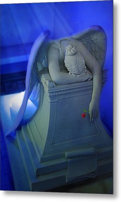 Weeping Angel Front View Metal Print by Don Lovett