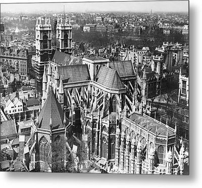 Westminster Abbey In London Metal Print by Underwood Archives