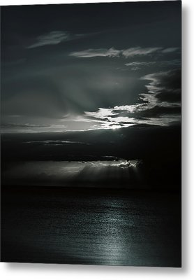 When The Sun Goes Down... Metal Print by Mario Celzner