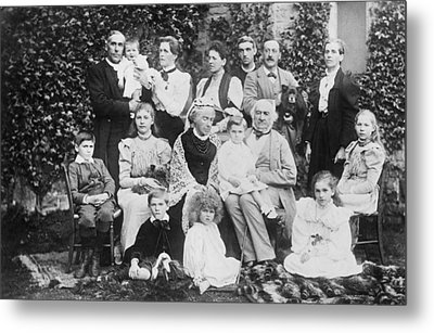 William Gladstone With Family Metal Print by Underwood Archives