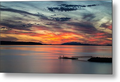 Willingdon Beach Sunset In Powell River Bc Metal Print by Pierre Leclerc Photography