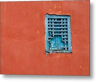 Window In Marrakesh Metal Print by Daniel Kocian