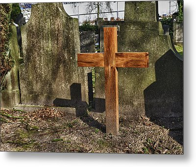 Wooden Cross Metal Print by Hans Engbers