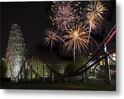Worlds Of Fun - Summer Nights Metal Print by Thomas Zimmerman