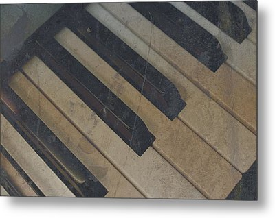 Worn Out Keys Metal Print by Photographic Arts And Design Studio