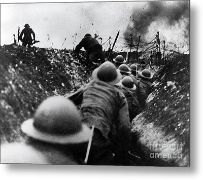 Wwi Over The Top Trench Warfare Metal Print by Photo Researchers