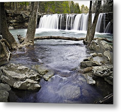 0804-3327 Falling Water Falls 1 Metal Print by Randy Forrester