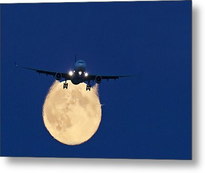 Airbus 330 Passing In Front Of The Moon Metal Print by David Nunuk