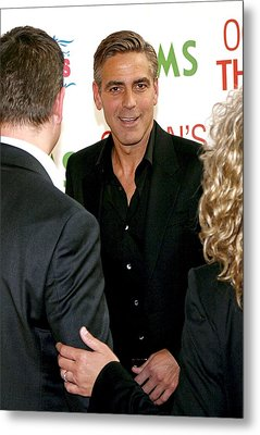 George Clooney At Arrivals For Oceans Metal Print by Everett