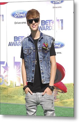 Justin Bieber At Arrivals For 2011 Bet Metal Print by Everett