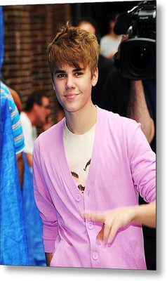 Justin Bieber At Talk Show Appearance Metal Print by Everett