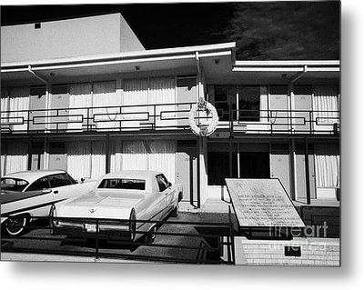 Lorraine Hotel Site Of The Murder Of Martin Luther King Now The National Civil Rights Museum Memphis Metal Print by Joe Fox