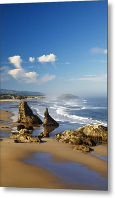 Morning Light Adds Beauty To Rock Metal Print by Craig Tuttle