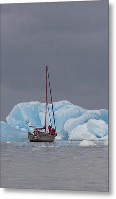 Sail Boat In Laguna San Rafael, Laguna Metal Print by Peter Langer
