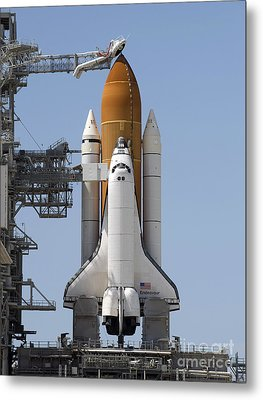 Space Shuttle Endeavour Sits Ready Metal Print by Stocktrek Images