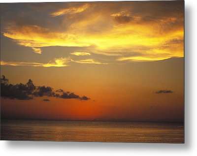 Sunset On Horizon Of Caribbean Sky Metal Print by James Forte