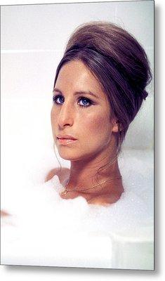 Whats Up, Doc, Barbra Streisand, 1972 Metal Print by Everett