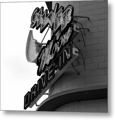1940s Drive In Metal Print by David Lee Thompson