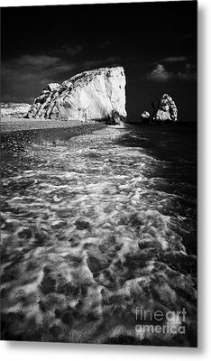 Aphrodites Rock Petra Tou Romiou Republic Of Cyprus Europe Metal Print by Joe Fox
