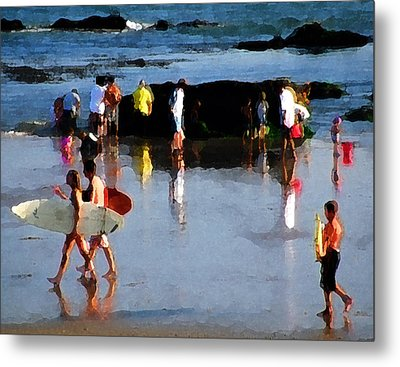 Beach Talk Metal Print by Ron Regalado