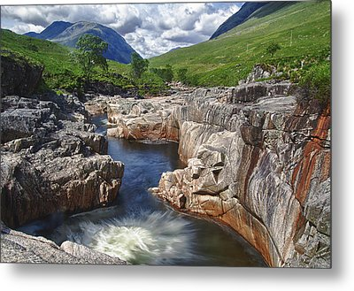 River Etive Metal Print by Fiona Messenger