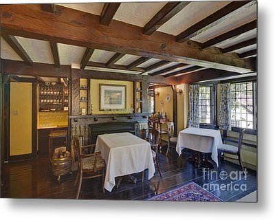 Hastings House Dining Room Metal Print by Rob Tilley