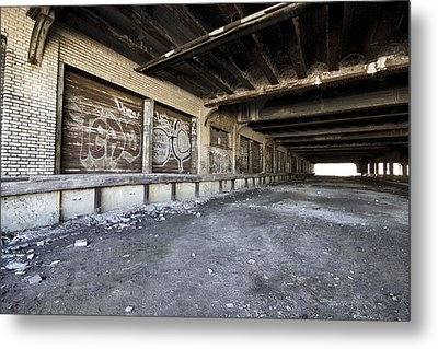Detroit Abandoned Building Metal Print by Joe Gee