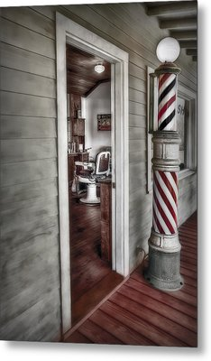 A Look Into The Past Metal Print by Susan Candelario