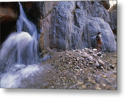 A River Guide Escapes The Heat Next Metal Print by Bill Hatcher