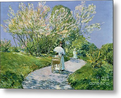 A Walk In The Park Metal Print by Childe Hassam
