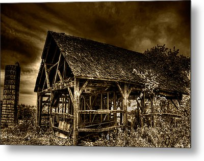 Abandoned And Forgotten Metal Print by Rylan Beer